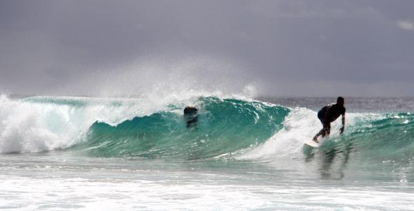 Praia da Conceição, assim como a Cacimba do Padre, é pico de surf