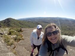 Cristina e eu no topo da Pedra