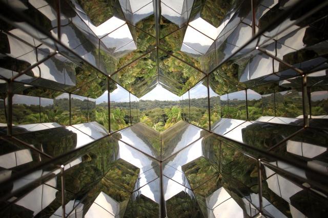 A máquina de ver (Viewing machine), de Olafur Eliasson