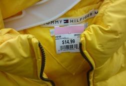 Colete Tommy Hilfiger novinho por 15 dólares