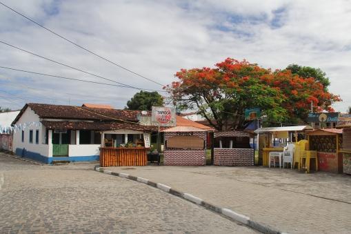 Pracinha central de Boipeba, onde à noite tem uma feirinha