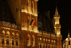 Town Hall à noite
